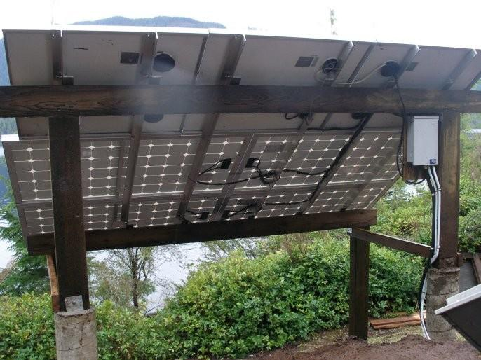 The 1 kW solar array showing combiner and cables.